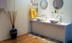 7 Simple Ways to Modernize an Outdated Bathroom