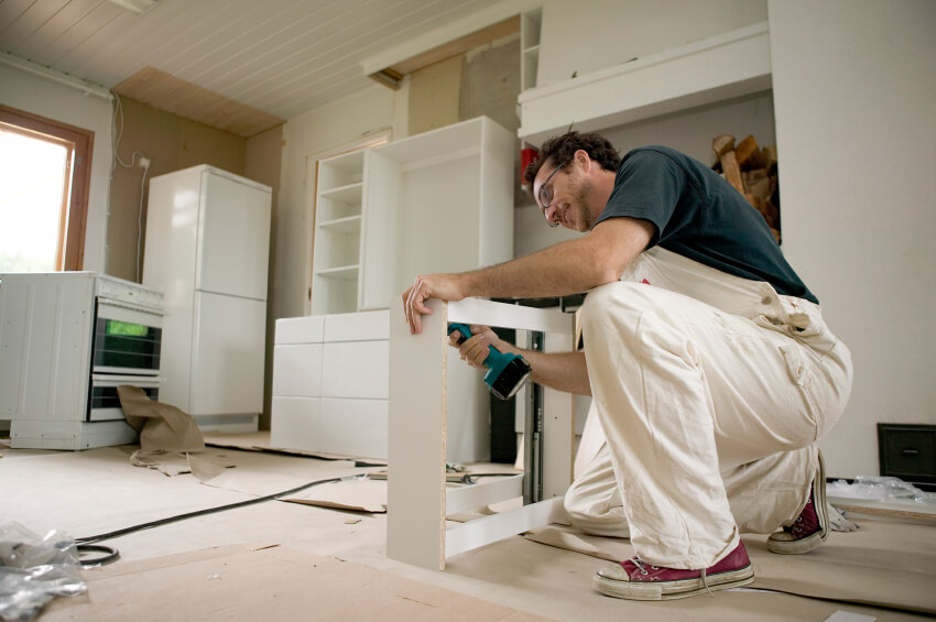 what to know before you sign a remodeling contract atlas green