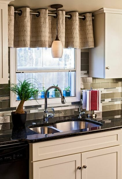 Burlap window shades - What A Difference Kitchen Curtains Make Modernize