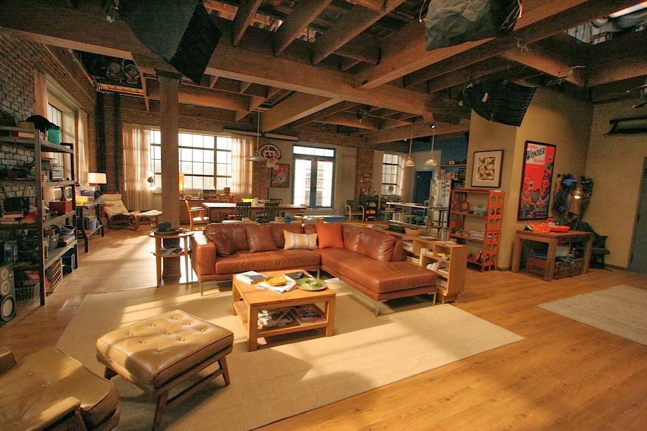 Quiz see how well you know famous tv rooms modernize for Living room setups for apartments