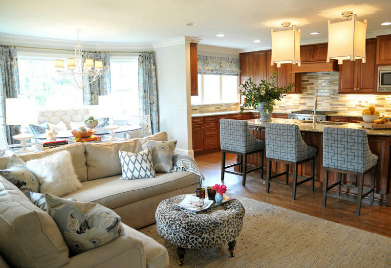 Open Concept Kitchen and Living Room Décor - Modernize
