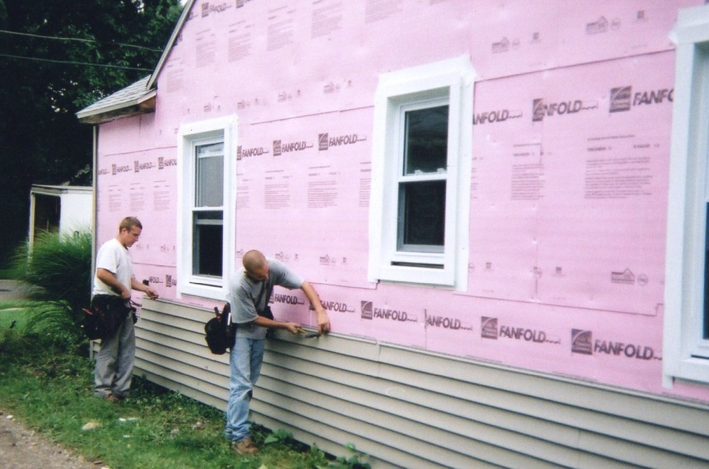 VInyl siding install - Image Source