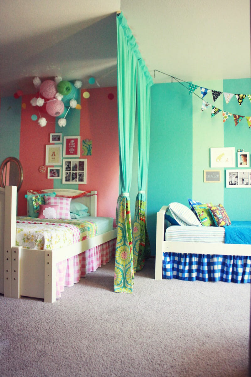 dividing-the-room-for-boy-and-girl-shared-bedroom