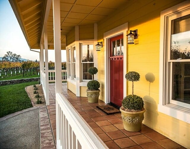 front-porch-topiaries