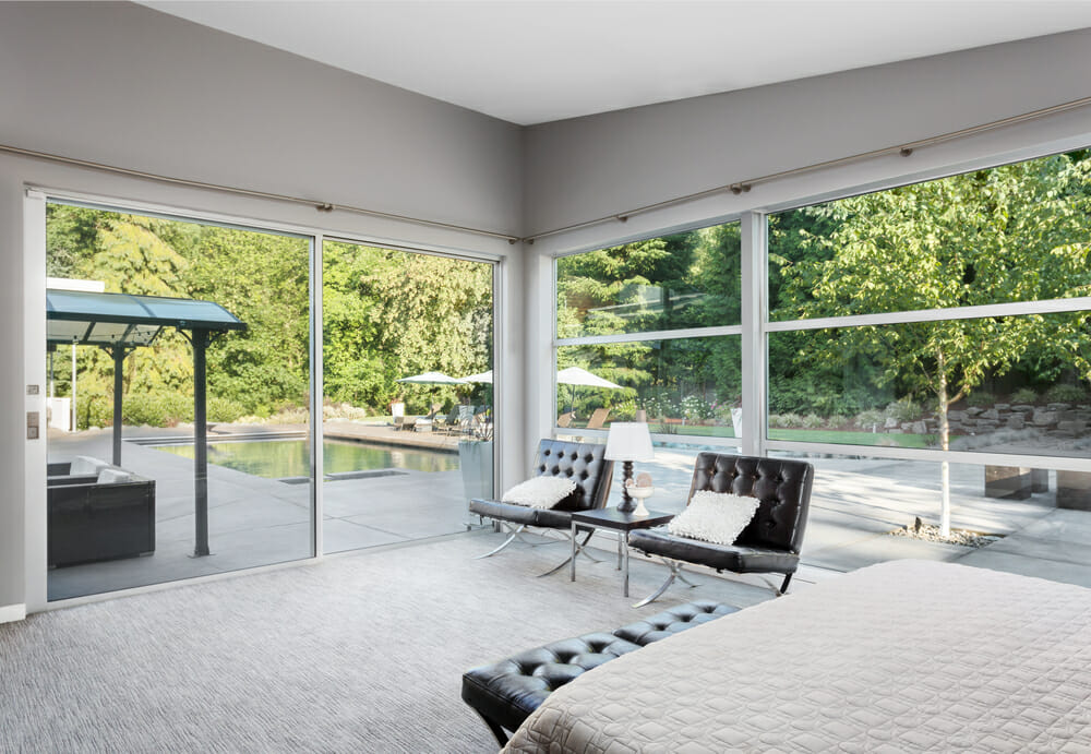 Sliding windows in a modern bedroom
