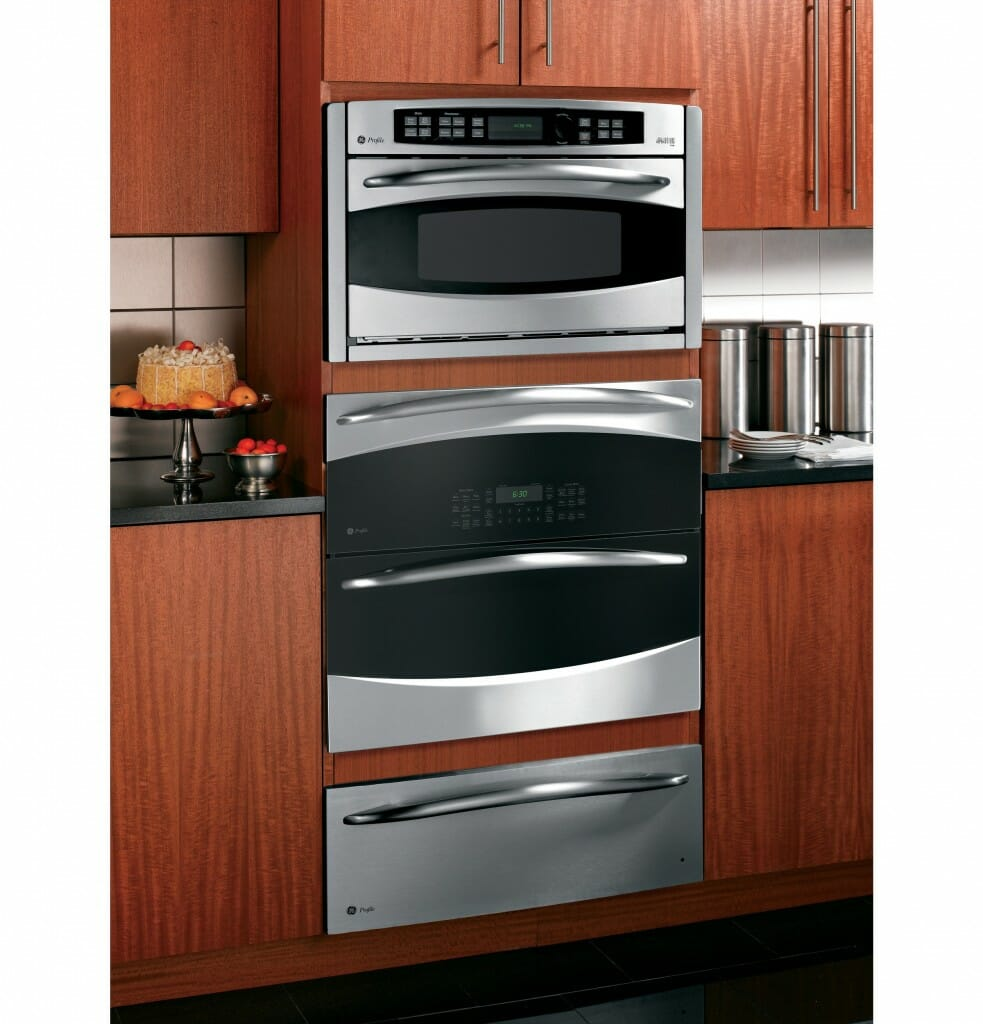 Stand alone vs wall ovens modernize for Wall oven microwave combo cabinet