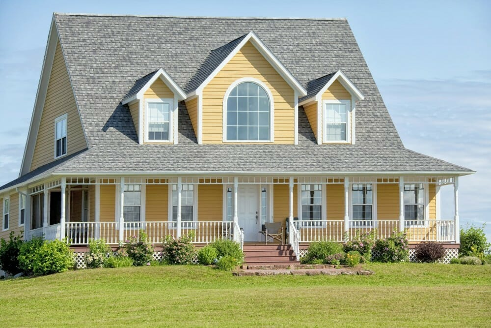 Wood siding compare prices save modernize for Homes with wood siding