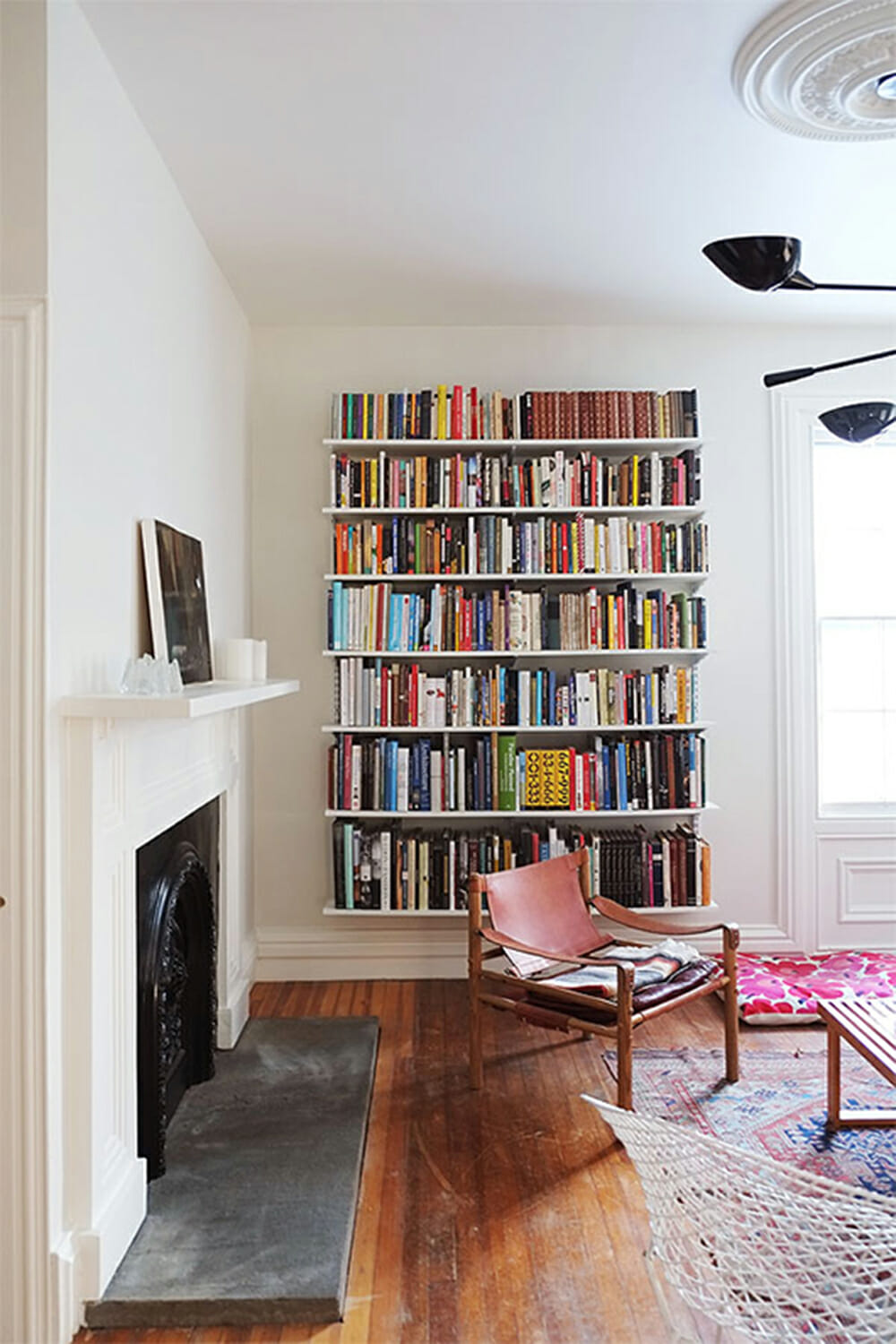 Wall of Bookshelves and 5 other ways to decorate a big wall