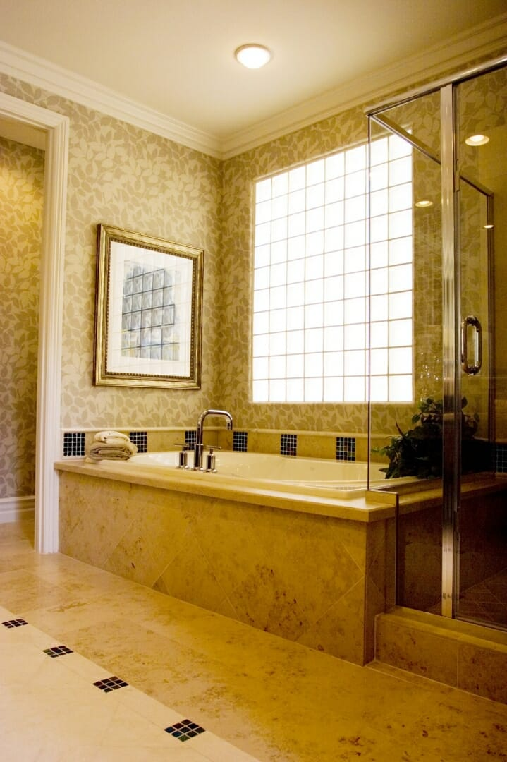 Best window options for small bathrooms modernize for Glass block options