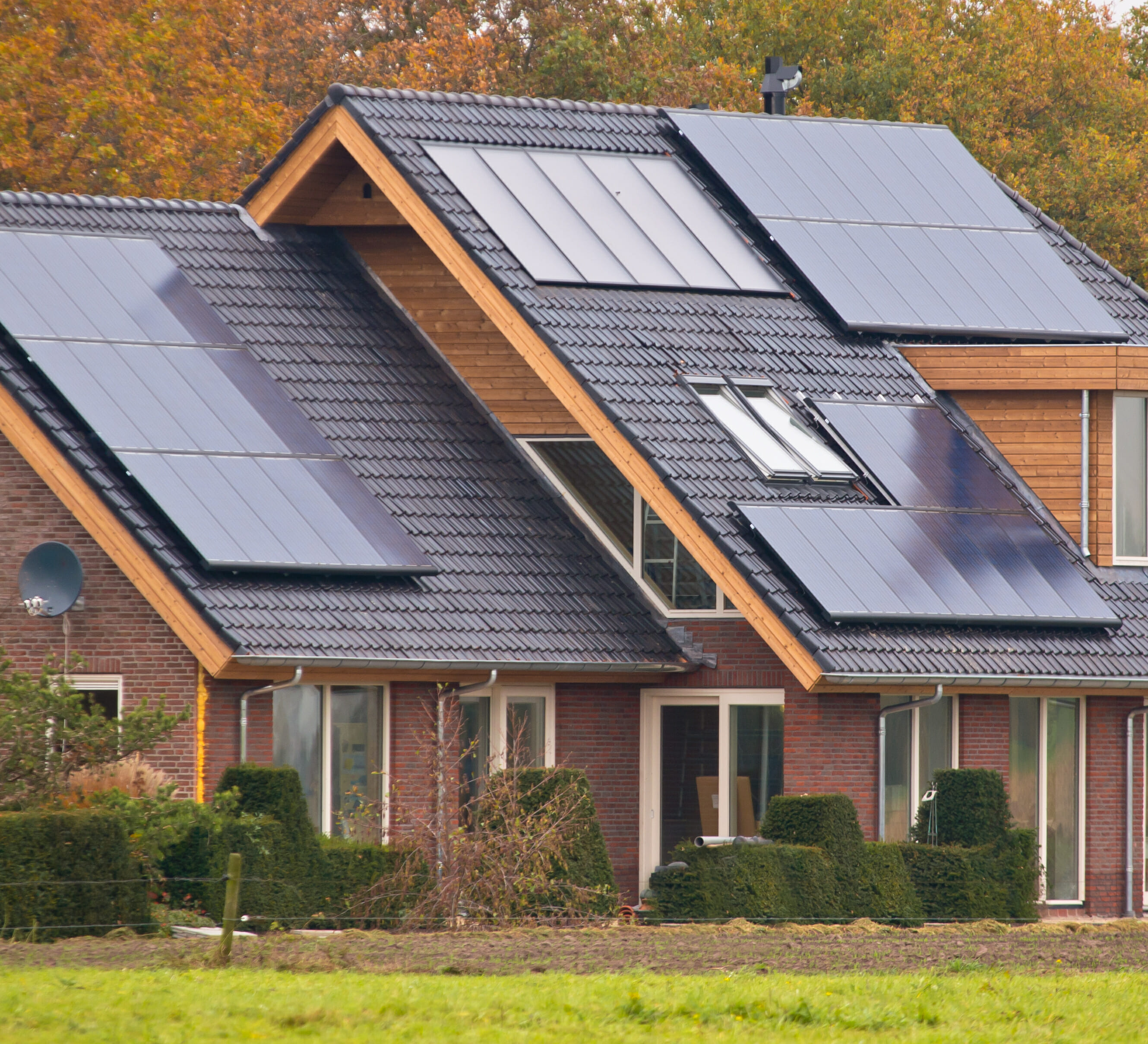 Solar Panel Pros And Cons Modernize