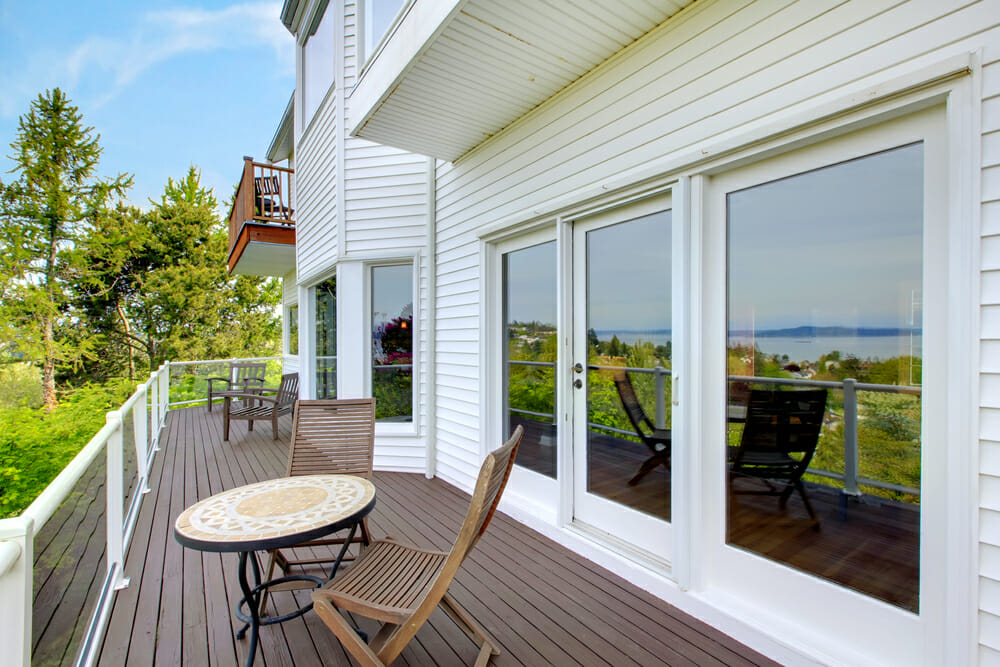 Deck windows