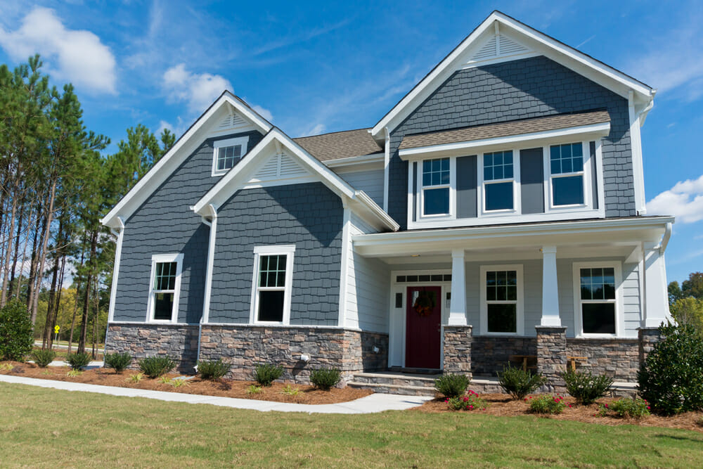 Best siding and trim color combos modernize for Popular vinyl siding colors