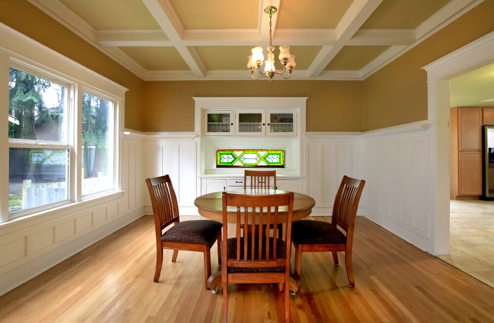 dining-room-window-with-trim-molding