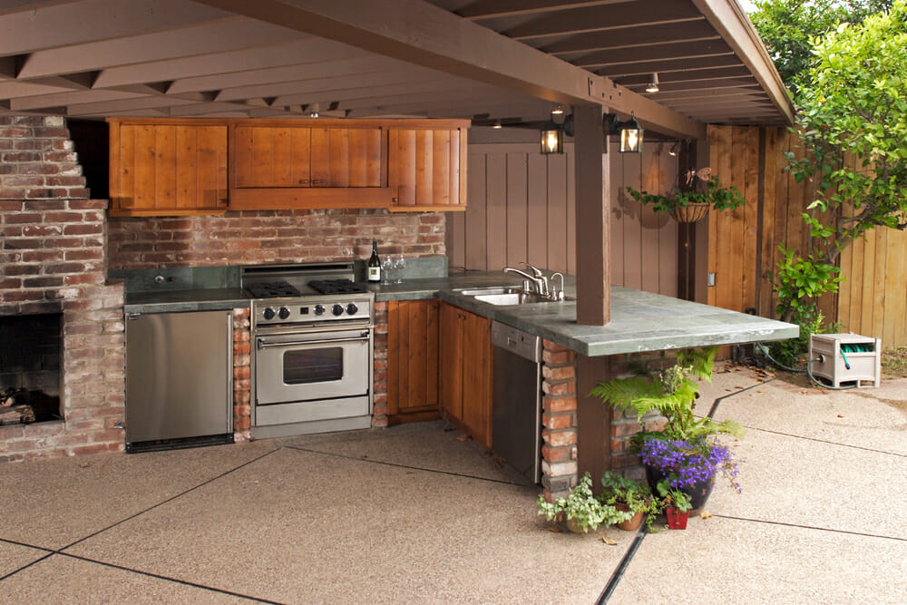 Nice Rustic Outdoor Kitchen