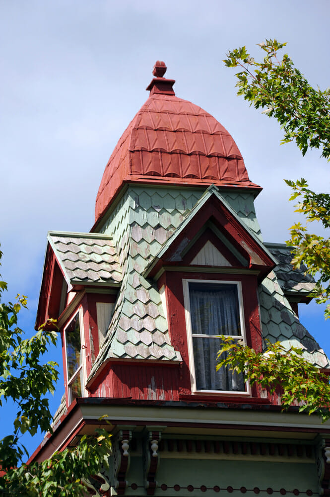 shingles-on-victorian-roof