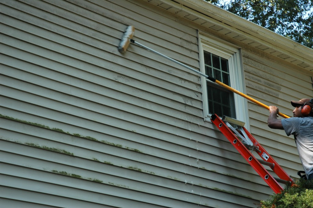 7 Popular Siding Materials To Consider: How To Clean Spots On Vinyl Siding