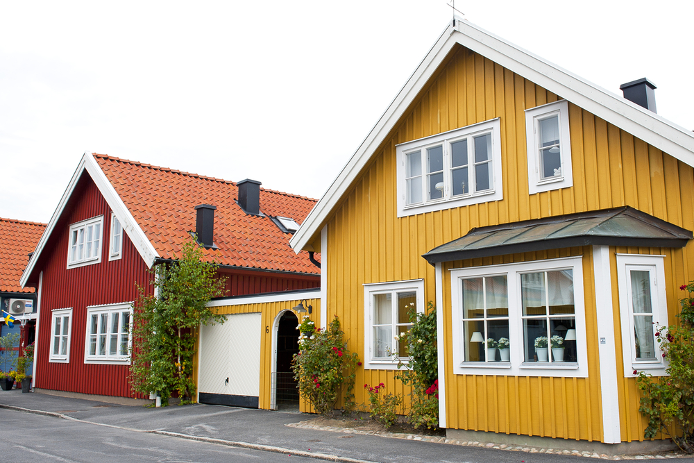 colorful-siding-home-exterior