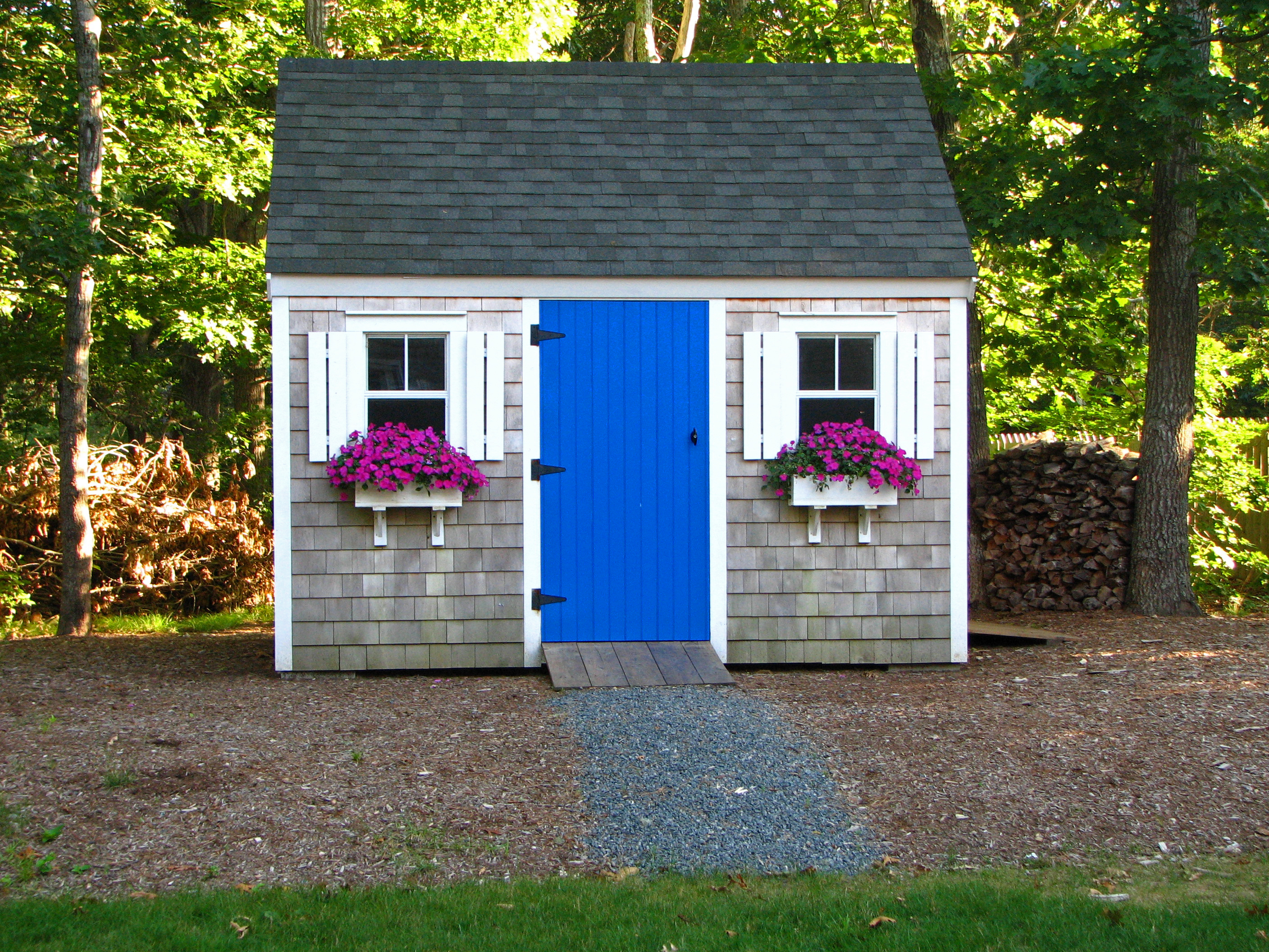 backyard shed - Garden Sheds With Windows