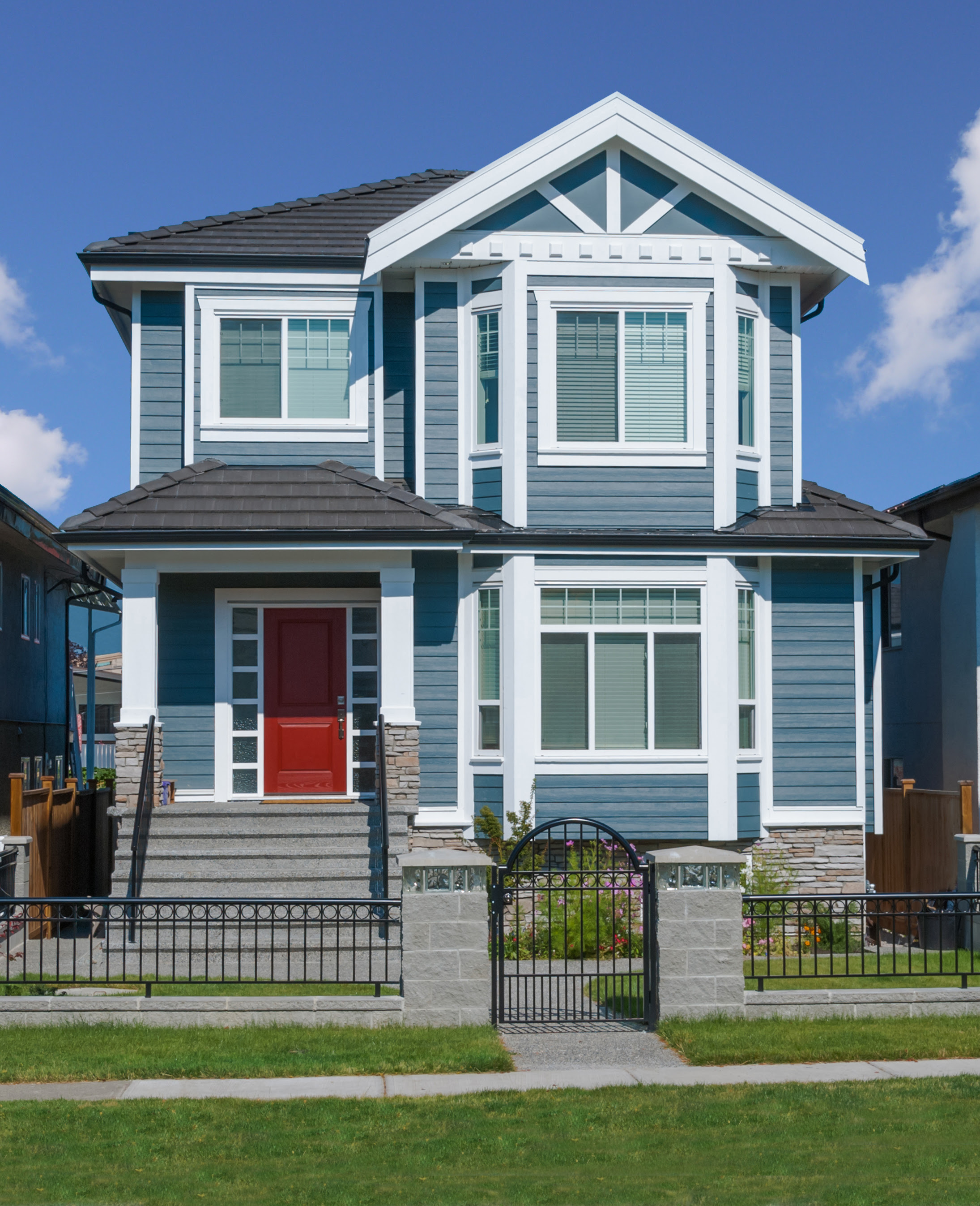 Siding trends to watch out for in 2017 modernize for House siding styles