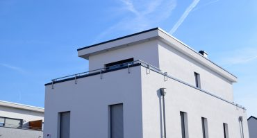 What You Need to Know About Cold-Climate Flat Roofs