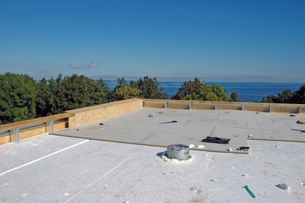flat roof with rigid insulation