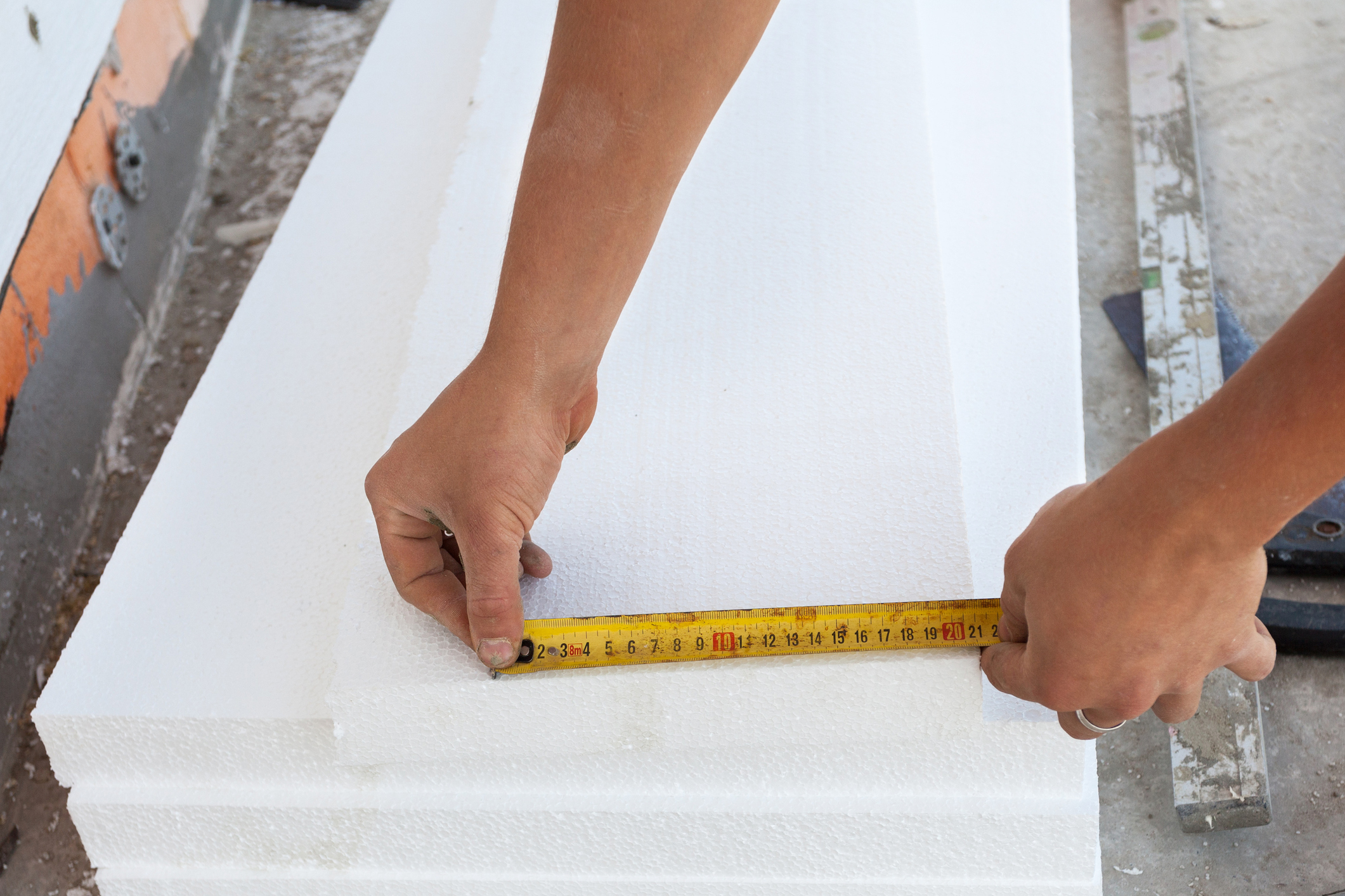 measuring rigid foam insulation