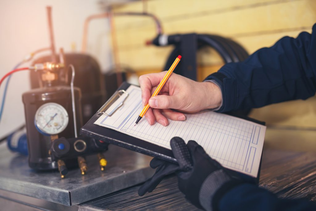 Energy auditor evaluating system