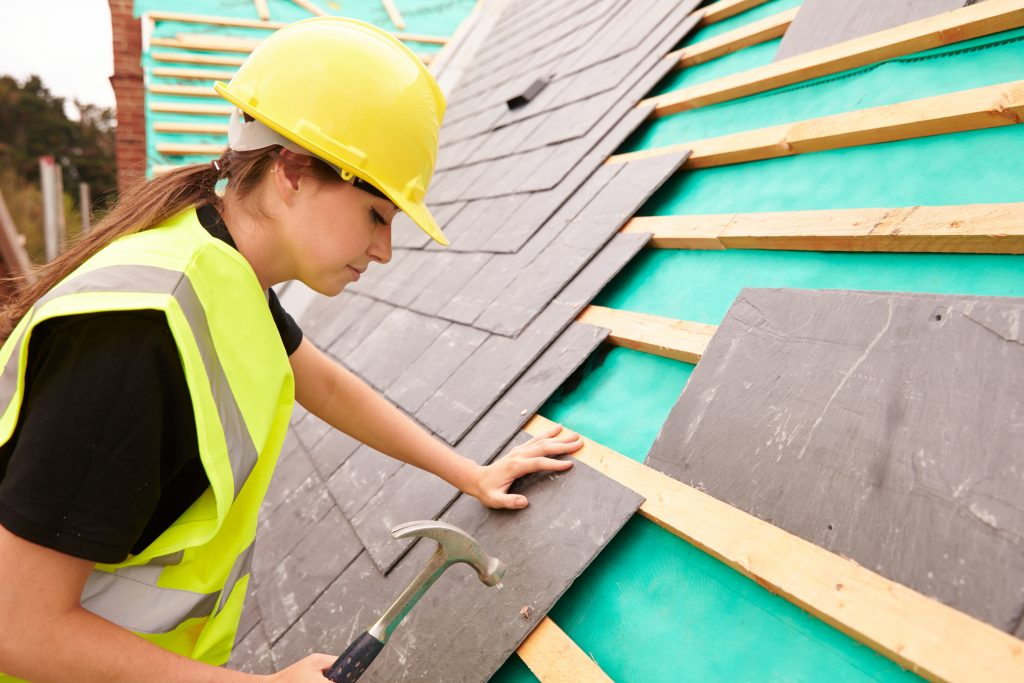 Female-roofing-contractor