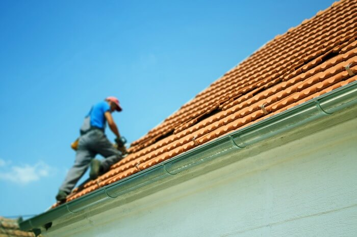 roofing-contractor-checklist-roof-repair-replacement