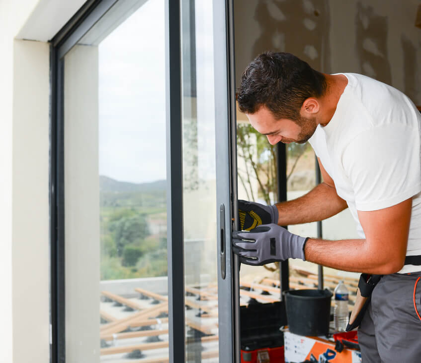 Find Out the Best Time of Year for Replacement Windows Home