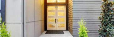 Hiring a Door Installer: Contractor Checklist