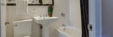 Hiring a Bathroom Remodeler: Contractor Checklist